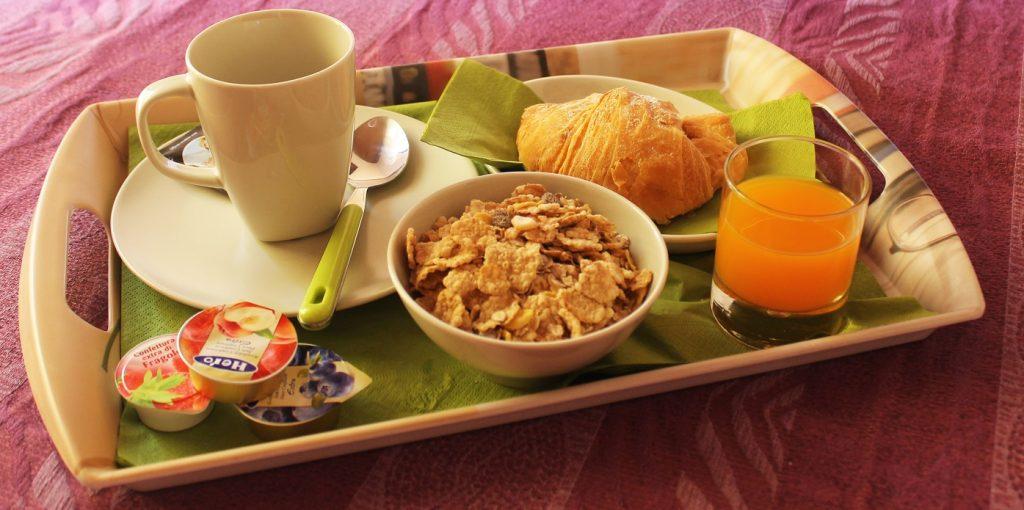 bb-salerno-colazione-camera
